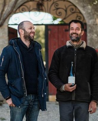 photo-vignerons-Château-Bas-Aumelas